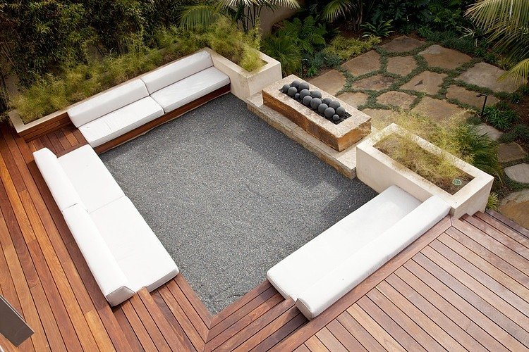 Small-Terrace-With-Dock