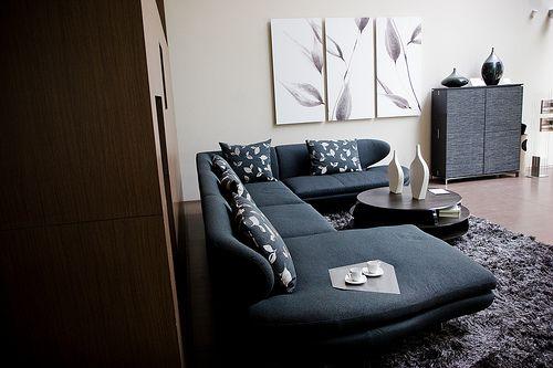 selecting-furniture