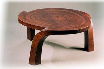 Обеденные столы из массива