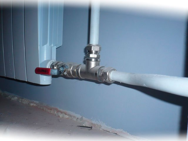 Особенности металлопластиковых труб для дома