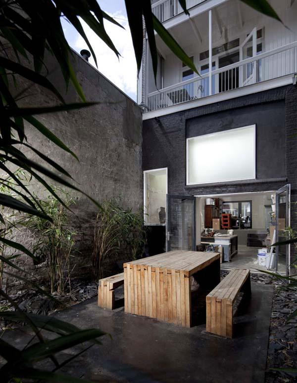 http://www.yatzer.com/Black-Pearl-Residence-Zecc-Architecten-rolf-fr
