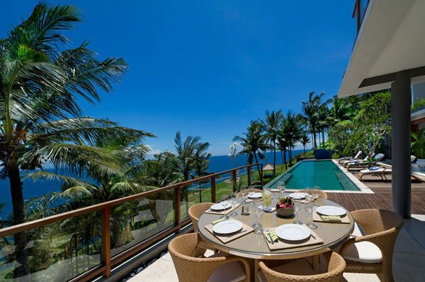 Malimbu-Cliff-Villa-9