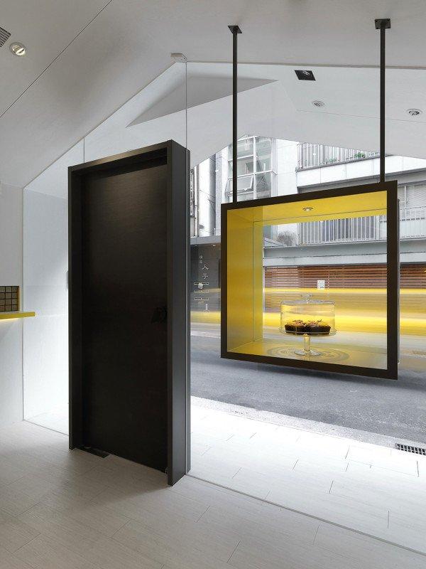 Window-600x800