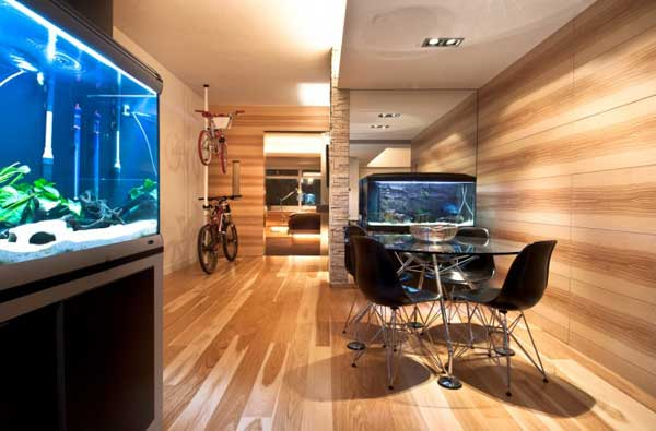 Hong-Kong-Wooden-Apartment-