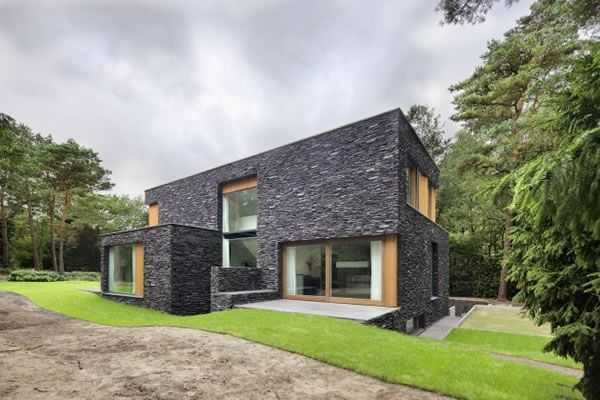 Living-in-the-Woods-Stone-Finnished-Villa-1