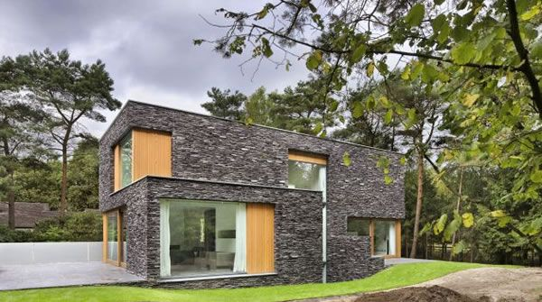 Living-in-the-Woods-Stone-Finnished-Villa-11