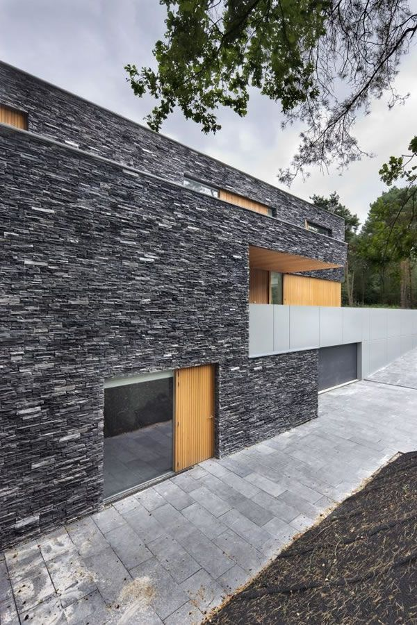 Living-in-the-Woods-Stone-Finnished-Villa-6