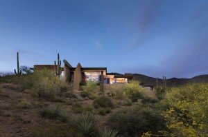 Lovely-View-House-in-Arizona
