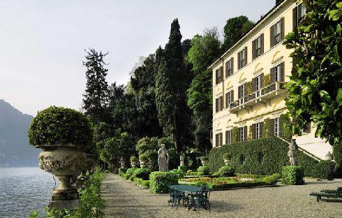sothebys-gianni-versace-villa-1