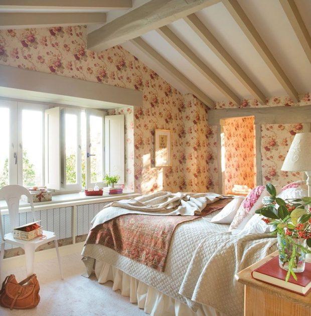 Потолок кантри в спальне